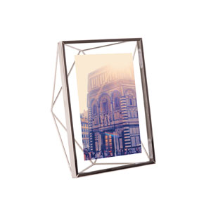 Prisma 5 x 7 In. Photo Display