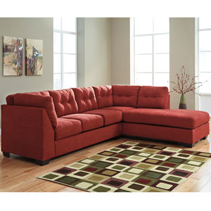 Margo Sectional with Right Side Facing Chaise in Sienna Microfiber