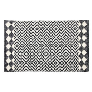Odeon Black Rectangluar: 2 Ft. x 3 Ft. Indoor/Outdoor Rug