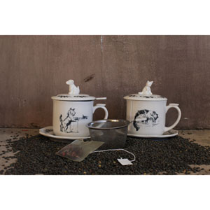Tea Strainer Mug and Saucer with Dog Lid