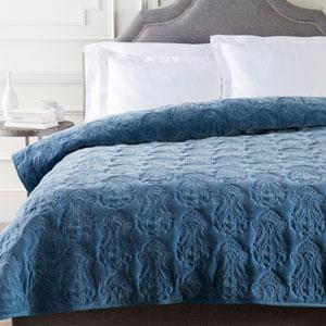 Vienna Blue Full/Queen Quilt