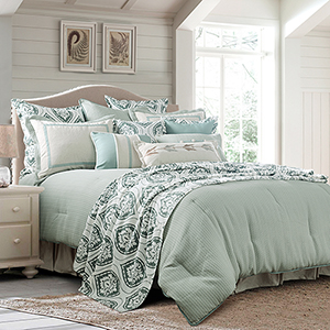 Belmont Green Super King Four-Piece Comforter Set
