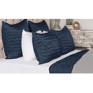 Tanner Indigo Three Piece Queen Quilt Set