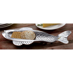 Kindwer Silver Skinny Fish Olive and Cracker Tray