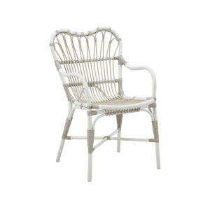 Margret Dove White Outdoor Dining Chair