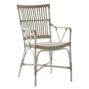 Piano Dove White Outdoor Arm Chair
