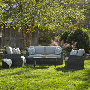 Outdoor Cascade 4-Piece Brown Wicker Set with Climaplush™ Cushions and Dese Arm Pillows