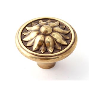 Fiore Polished Antique 1 1/2-Inch Knob