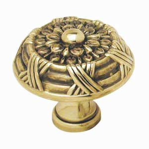 Ribbon and Reed Polished Antique Knob