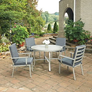 South Beach 5 Piece Round Outdoor Dining Table and 4 Chairs