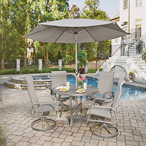 Daytona 7 Piece Round Outdoor Dining Table with  4 Swivel Rocking Chairs and Umbrella with Base