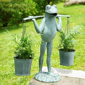 Verde Green Farmer Frog Planter Holder