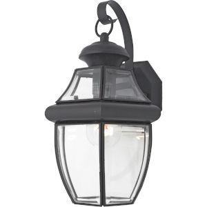 Medium Newbury Wall Lantern