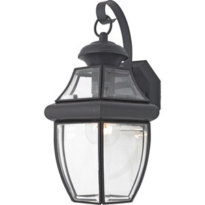 Medium Newbury Wall Lantern