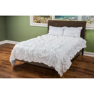 Day Dream White Three-Piece King Comforter Set