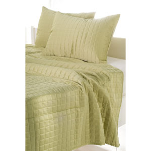 Satinology Apple Green Three-Piece Queen Quilt Set
