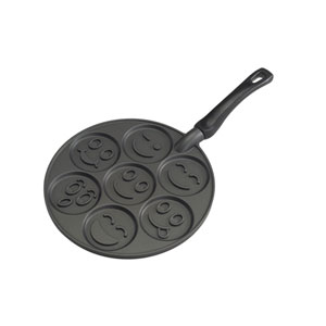 Black Smiley Face Pancake Pan
