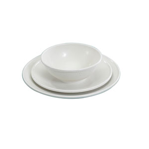 White Three-Piece Dinnerware Set