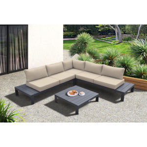 Razor Gray Four-Piece Outdoor Furniture Set