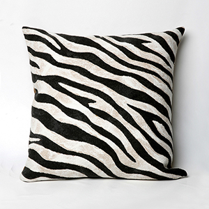 Liora Manne Visions I Black Square 20 In. Indoor/Outdoor Pillow