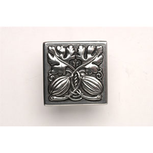 Brilliant Pewter Autumn Squash Knob