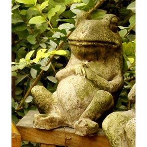 Laid Back Frog 7-Inch Fiberglass Statue - White Moss Finish