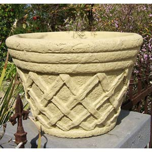 Large Tudor Planter