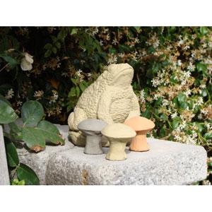 Classic Small Mushroom (Set of 3) Cast Stone Statue