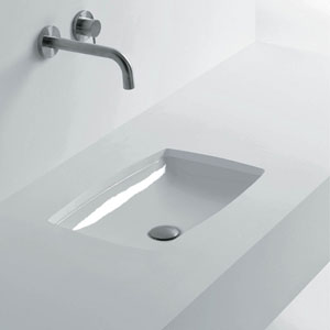 Oval Undermounted Bathroom Sink in Ceramic White