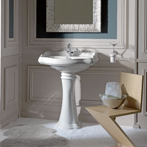 Kerasan White Bathroom Pedestal Sink with One Hole Faucet
