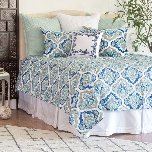 C & F Enterprises, Inc. Renee Full/Queen Quilt Set