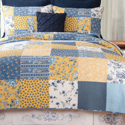 Lydia Twin Quilt Set