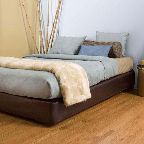 Avanti Pecan King Bedroom Set (Kit and Cover)