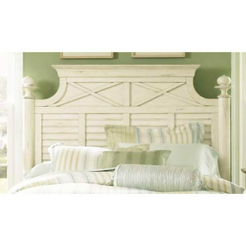 Liberty Furniture Ocean Isle Bisque with Natural Pine King Poster Headboard
