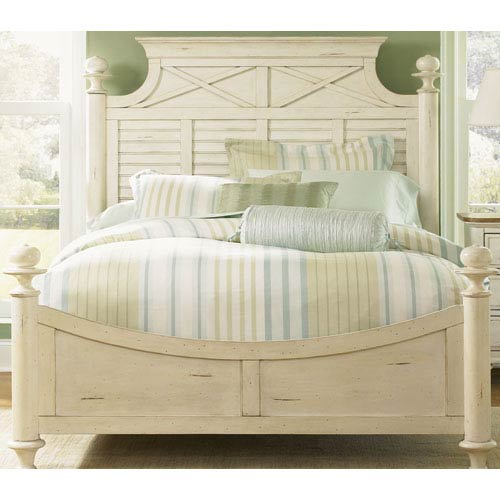 Liberty Furniture Ocean Isle Bisque with Natural Pine King Poster Bed