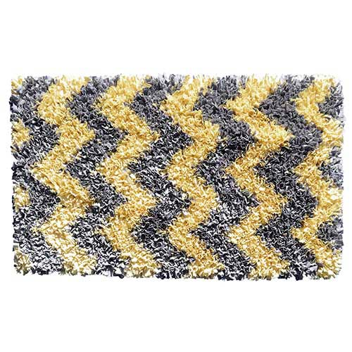 Shaggy Raggy Yellow and Gray Rectangular: 4 Ft. 7 In. x 7 Ft. 7 In. Rug