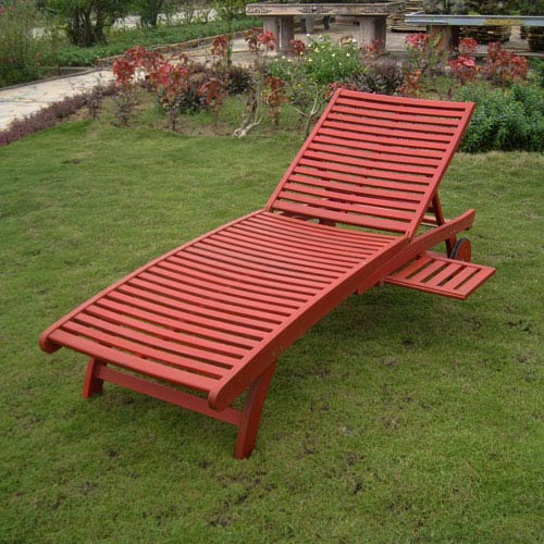 Acacia Chaise Lounge with Pull Out Tray with Barn Red Finish