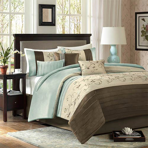 Madison Park Serene Blue Seven-Piece Queen Comforter Set