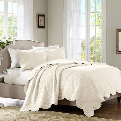 Tuscany Ivory Three-Piece Queen Coverlet Set