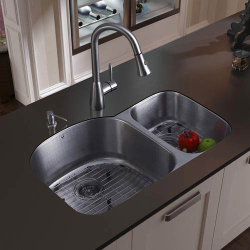 Vigo All-In-One 31 Inch Braddock Stainless Steel Double Bowl Undermount Kitchen Sink Set With Aylesbury Faucet In Stainless