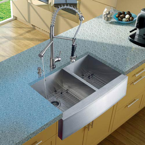 Vigo All-In-One 33 Inch Chisholm Stainless Steel Double Bowl Farmhouse Kitchen Sink Set With Zurich Faucet In Stainless