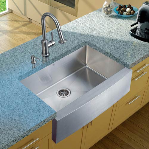 Vigo All-In-One 33 Inch Bedford Stainless Steel Farmhouse Kitchen Sink Set  With Astor Faucet, Strainer And Soap Dispenser