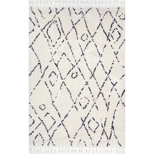 nuLOOM Nieves Moroccan Diamond Tassel Off White Rectangular: 4 Ft. x 6 Ft. Rug