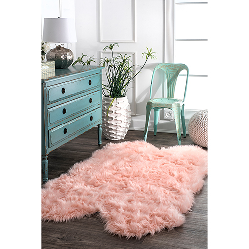 Tianna Faux Sheepskin Quarto Shaggy Blush Rectangular: 3 Ft. 6 In. x 6 Ft. Rug