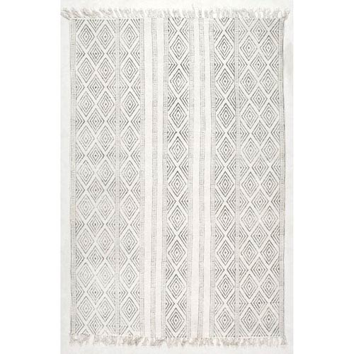 nuLOOM Hand Made Olvera Off White Rectangular: 8 Ft. 6 In. x 11 Ft. 6 In.