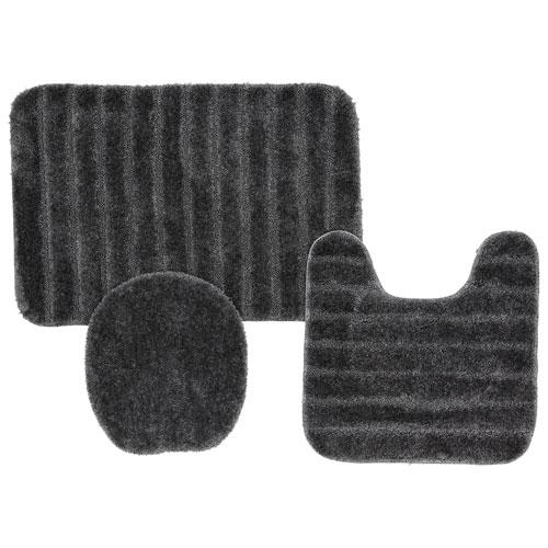 Grey Rectangular: 1 Ft. 8 In. x 2 Ft. 6 In. Bath Rug