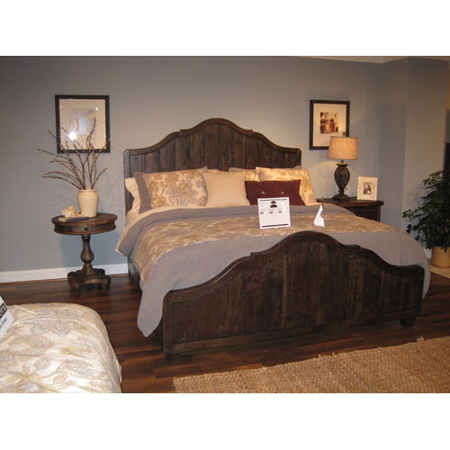 Brenley Natural Umber Wood King Panel Bed