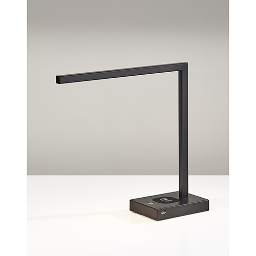Aidan Matte Black 220V LED Desk Lamp