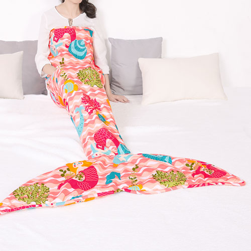 Lush Decor Mermaid Waves Mermaid Shape Sherpa Pink Throw