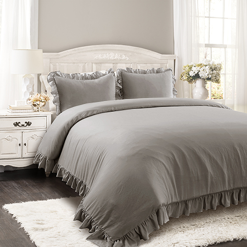 Reyna Gray Full/Queen Three-Piece Comforter Set